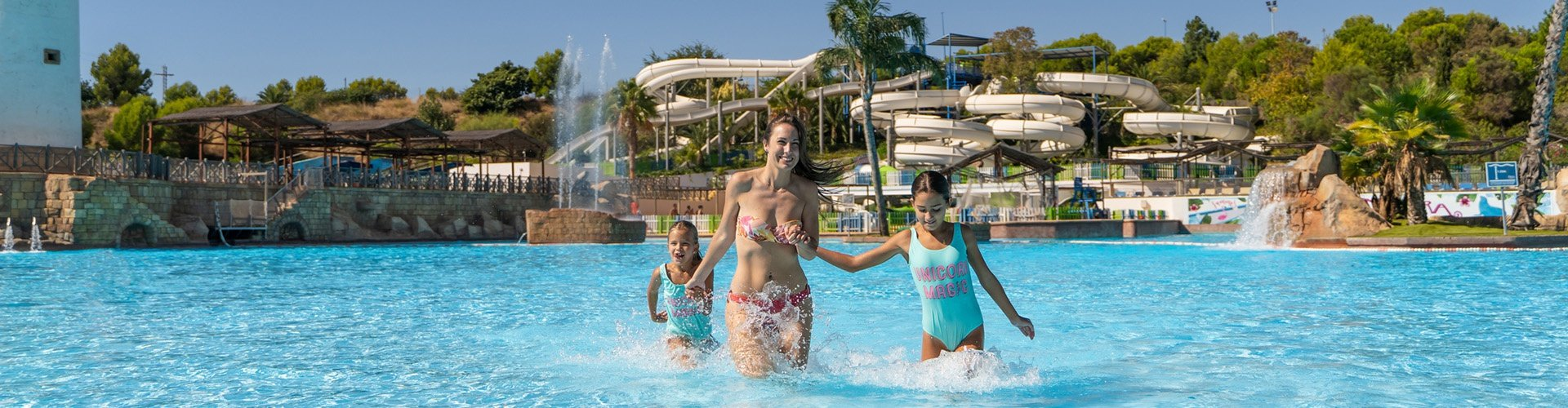 Magic Natura Animal, Waterpark & Polynesian Resort - Benidorm -