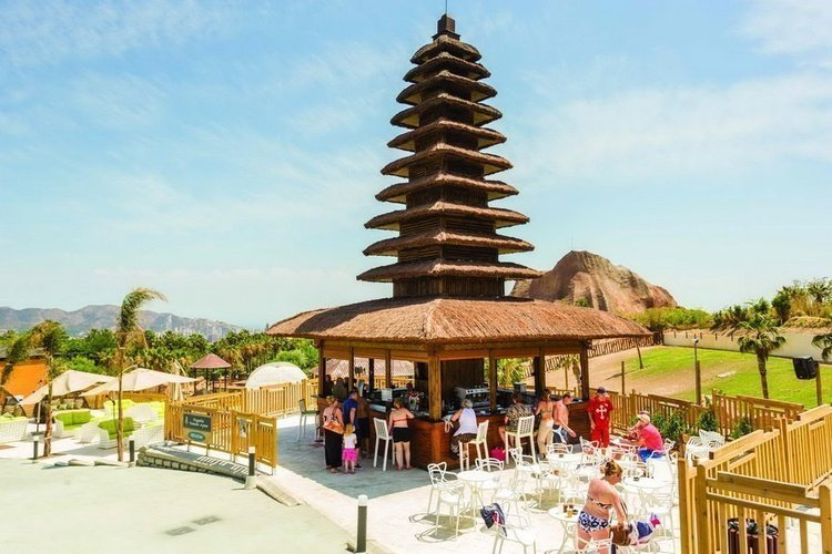 Pagoda 'Taman Ayun' Magic Natura Animal, Waterpark Resort Benidorm