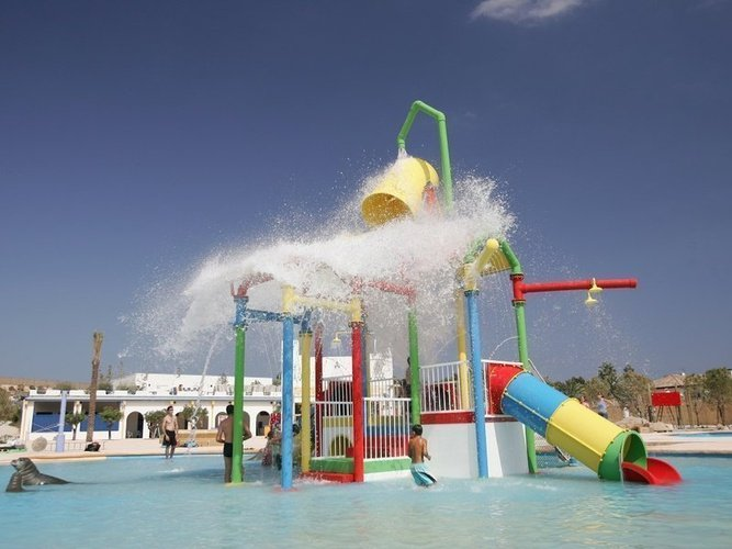 Zona splash infantil en aqua natura magic natura animal, waterpark resort benidorm